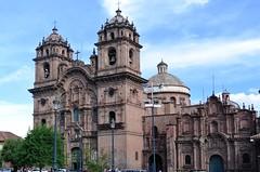 Cuzco: centro historico (Яeиée) Tags: patrimoines pérou peru lima cuzco cordillèredesandes incas quechuas amériquedusud ollantaytambo alpaga murailles sacsayhuamán conquistadors 1537 citadelle forteresse valléesacréedesincas urubamba