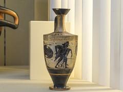 "Aithiopis XXII – Hermes Assesses the Weight of Souls (egisto.sani) Tags: britishmuseum londra vasi aithiopis aethiopis achilles achille memnon memnone hermes athens attica ""black figure"" ""figure nere"" lekythos pottery ceramica ceramics greca greek greci art capua london british museum vase vaso b639"