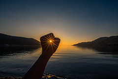 Chase the sun (Vagelis Pikoulas) Tags: sun sunset sunburst porto germeno sea greece canon 6d autumn 2017 tokina landscape seascape view