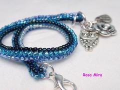 La pulsera que completa el conjunto   PU.0117 (Espuma de mar by Rosa Mira) Tags: jewelry bijoux bracelet pulsera jewel joyeria conjunto herringbone bisuteria delica rocalla