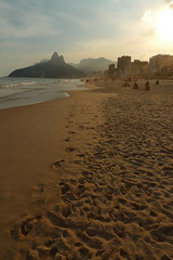 vidigal (CandyCactus) Tags: sunset beach brasil riodejaneiro footprints favela vidigal
