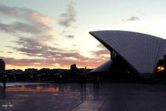 Sunset at SOH (arnimangoes) Tags: city sunset sky people sun clouds 50mm nikon sydney landmark cbd skyscapes operahouse sydneyoperahouse d3000