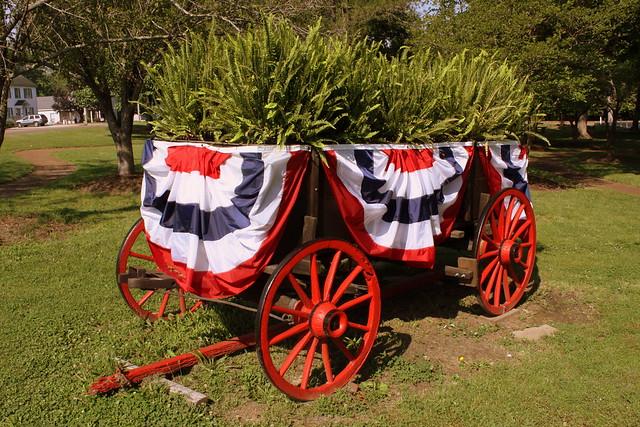 Scenes from Thomas Park: Floral Wagon - Huntingdon, TN
