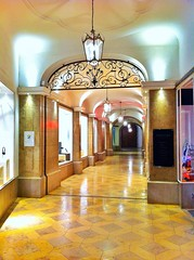 "Hallway • <a style=""font-size:0.8em;"" href=""http://www.flickr.com/photos/66124349@N03/9357580993/"" target=""_blank"">View on Flickr</a>"