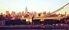 Skyline NYC (Marite Adasme) Tags: sunset newyork skyline edificios manhattan manhattanbridge nuevayork