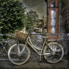 Bruges Bike! (janetmeehan) Tags: street stilllife color bike canal streetphotography streetscene belguim bruges stilllifephotography vintagetexture stphotographia