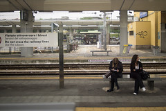 streetTorino2013_A010258_1 (stegdino) Tags: two station train bench couple double stazione treno due tr coppia 10100 panghina