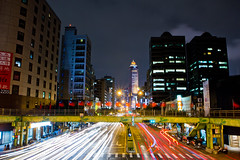 IMG_8579 (Roke ♪) Tags: 夜景 台北市 南京路 承德路 車流 長曝