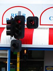 Fullarton Rd/Ferguson Ave intersection, Highgate (RS 1990) Tags: new old sign lights december traffic eagle label led signals adelaide intersection arrow mast highgate thursday 5th southaustralia aldridge pedestal unley 2013 durasig fullartonrd fergusonave vision:text=0676 vision:outdoor=092