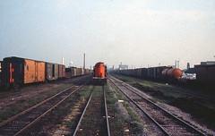GT4428_40th street_CNW_ca 1970_tom (ahall4370) Tags: trains gt northwestern railroads grandtrunk cnw chicagoandnorthwestern