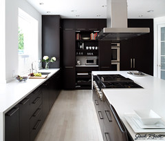 Jack Rosen Custom Kitchens - Black and white modern kitchen (@Elmwoodkitchens) Tags: house home modern design interiors interior room details style restoration renovations homedecorating renovation decor interiordesign homedecor hardwood designers hgtv houseandhome kbis homedesign interiordesigners kitchendesign interiordesignphotography kbis2014