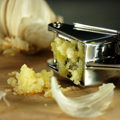 """Stainless Steel Garlic Press - Kitchen Gadgets by Cuina Kitchen <a style=""""margin-left:10px; font-size:0.8em;"""" href=""""http://www.flickr.com/photos/115365437@N08/12108120945/"""" target=""""_blank"""">@flickr</a>"""