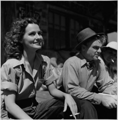A still photograph from the set of the film Captains of the Clouds, starring James Cagney and Brenda Marshall, 1942 / Photographie de plateau du film  Les chevaliers du ciel  mettant en vedette James Cagney et Brenda Marshall, 1942 (BiblioArchives / LibraryArchives) Tags: ontario canada film television movie lac screen 1941 bac tlvision cinma cran jamescagney libraryandarchivescanada leschevaliersduciel brendamarshall ronnyjaques captainsoftheclouds bibliothqueetarchivescanada