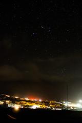 Orión y la Liebre (Diego_Valdivia) Tags: ocean chile sky night clouds stars bay hare juan pacific cerro astrophotography cielo nubes astrofotografía estrellas constelación moreno constellation pacífico nocturno mejillones antofagasta bahía península océano lópez orión liebre