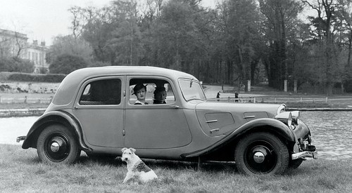 Citroen_Traction-Avant