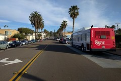 Pt. Loma Avenue (So Cal Metro) Tags: bus metro transit mts sandiegotransit sandiego newflyer c40lf bus2724 2700 rt35 ptloma pointloma oceanbeach streetview ptlomaave pointlomaavenue sunsetcliffs