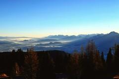 Dobratsch Mountain Sunrise (blatnik_michael) Tags: fuji xe2 dobratsch mountain alpen alps winter landscape landschaft outdoor outside fog water austria carinthia pyramidenkogel wörthersee