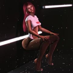 "#64 ""Bounce"" ((residents)) Tags: empire sabotage doux dark red longhair earrings choker confetti lights"