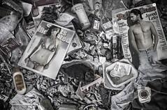 Tentation (Natilus.photo) Tags: sépia pollution rencontre magazine people montage célébrité leto tyra poubelle best