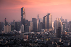 Sweet Bangkok (Gift of Light) Tags: bangkok thailand city cityscape metropolis town capital urban rise height tower condomenium office landscape land morning sunlight sunrise day highrise lowrise apartment structure construction sky light shadow sonyalpha sony alpha a6300 sonya6300 sonye55210mmf4563oss e 55210mm 552104563 456355210 f4563 oss feisol ct3442