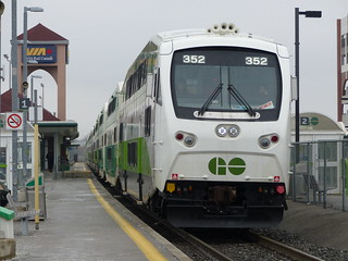 GO Transit #352