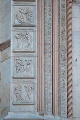 san Petronio (gian.franco) Tags: bologna italy sanpetronio jacopodellaquercia bassorilievo scultura