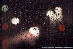 Rain (Vipallica) Tags: light water rain night lights licht am wasser nacht frankfurt main drop regen frankfurtammain lichter tropfen ffm wwwvipallicadeviantartcom