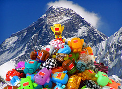Sunny climbs Domo mountain! (DollyBeMine) Tags: mountain snow cute travelling japan toy japanese climb funny famous peak sunny collection plastic climbing domo figure summit climber qee trekker