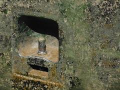 Festmacher (gwlap) Tags: schleuse lock écluse festmacher poller algen gwlap schlierbach neckar asis germany heidelberg 20130821 2013 lottegeb texturesquared