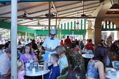 Cafe du Monde - French Quarter - New Orleans, LA (Paul Broussard NOLA) Tags: beignet neworleans frenchquarter nola cafedumonde vieuxcarre beignets nolaphotos rx100 sonyrx100 paulbroussard