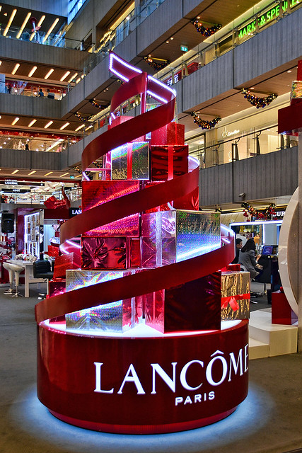 singapore makeup lifestyle happyholidays atrium perfumes lancome fragrance orchardroad skincare beautyproducts paragonshoppingcentre metroparagon christmasextravanganza