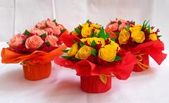 composizione floreale mazzetti di rose