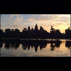 Angkor Wat Sunrise iPad version