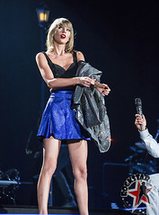Taylor Swift - Ford Field - Detroit, MI - May 30th 2015