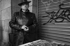 Madrid. (Sergio Escalante del Valle) Tags: sergio escalante foto fotografia fotografía photo photography photographie portrait people madrid españa street suburb suburbio retrato rastro