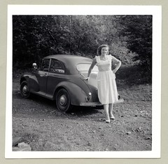 "Morris Minor (Raymondx1) Tags: vintage classic black white ""blackwhite"" sw photo foto photography automobile car cars motor morris minor morrisminor searchlight spotlight lady woman dress whitedress summerdress twotone shoes minormm"