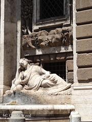 Quattro Fontane (Via delle) - Diana 04 (Fontaines de Rome) Tags: roma rome rom fontana fontane fontaine fontaines fountain fountains brunnen bron font fuente fuentes via quattro diana viadellequattrofontane viaxxsettembre lequattrofontane fontanadidiana fontanadellafedeltà domenicofontana pietroberrettinidacortona giacomo gridenzoni domenico pietro berrettini dacortona giacomogridenzoni