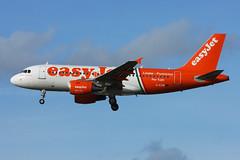 G-EZIW easyJet A319-111 Gatwick 02/02/2014 (Tu154Dave) Tags: airbus gatwick easyjet a319 lgw pertutti a319111 geziw
