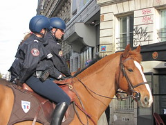 Space Invader PA_697 feat. Horse in the City (tofz4u) Tags: horse streetart paris tile cheval graffiti mosaic tag helmet spaceinvader spaceinvaders police invader mosaque casque artderue 75011 pa697