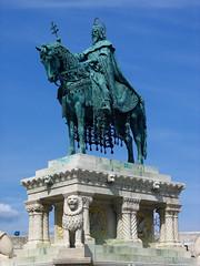 Saint-Etienne, Budapest (Philippe LAURET, Paris) Tags: statue hungary budapest magyar buda hongrie