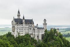 Schwangau (carolienvanhilten) Tags: castle architecture germany bayern bavaria neuschwanstein schloss duitsland kasteel schwangau marienbrcke beieren