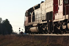 DMIR 402 (binsiff) Tags: minnesota cn train allen ore canadiannational dmir emd sd40t2