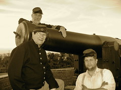 """""""Babs"""" and Her Boys (Piedmont Fossil) Tags: mike river island fort civilwar cannon artillery delaware peapatch"""