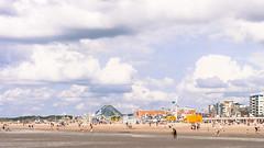 Le Touquet, Holidays (JSEBOUVI : thanks for 1.6 million views !) Tags: sky people praia beach bain nuage nuages plage touquet aqualud juillet2012