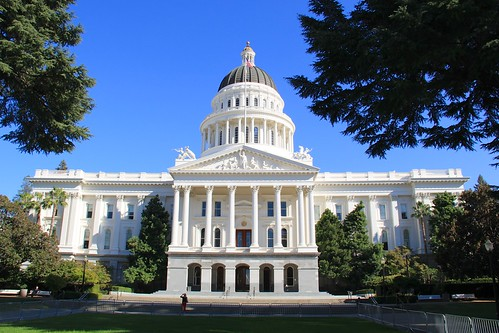 From flickr.com: Front of California State Capitol {MID-72285}