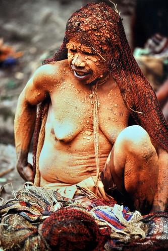 Western New Guinea - Baliem Valley - Dani Woman - 01