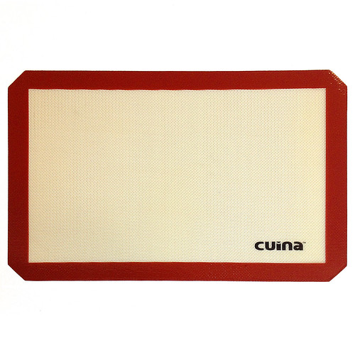 "Silicone Baking Mat - Kitchen Gadgets by Cuina Kitchen <a style=""margin-left:10px; font-size:0.8em;"" href=""http://www.flickr.com/photos/115365437@N08/12108497284/"" target=""_blank"">@flickr</a>"