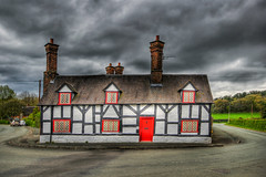 Smithy Cottage (Charliebubbles) Tags: