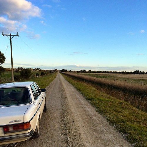 The road to the boatyard