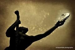 la luna / the moon (Ecinquantotto ( + 1.090.000 di grazie a Tutti )) Tags: art arte abstract capri d3000 dreams dream italia italy campania mediterraneo nikon nikond3000 ombre luna moon reflex sud tirreno texture
